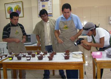 Reportera del boletín de APPCACAO en Piura