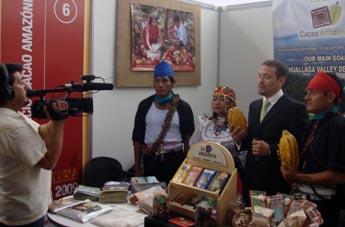 El stand de Cacao Amazónico concitó el interés de la prensa