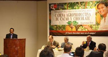 Hiderico Bocangel en la instalación de la Mesa Técnica de la Cadena del Cacao y Chocolate